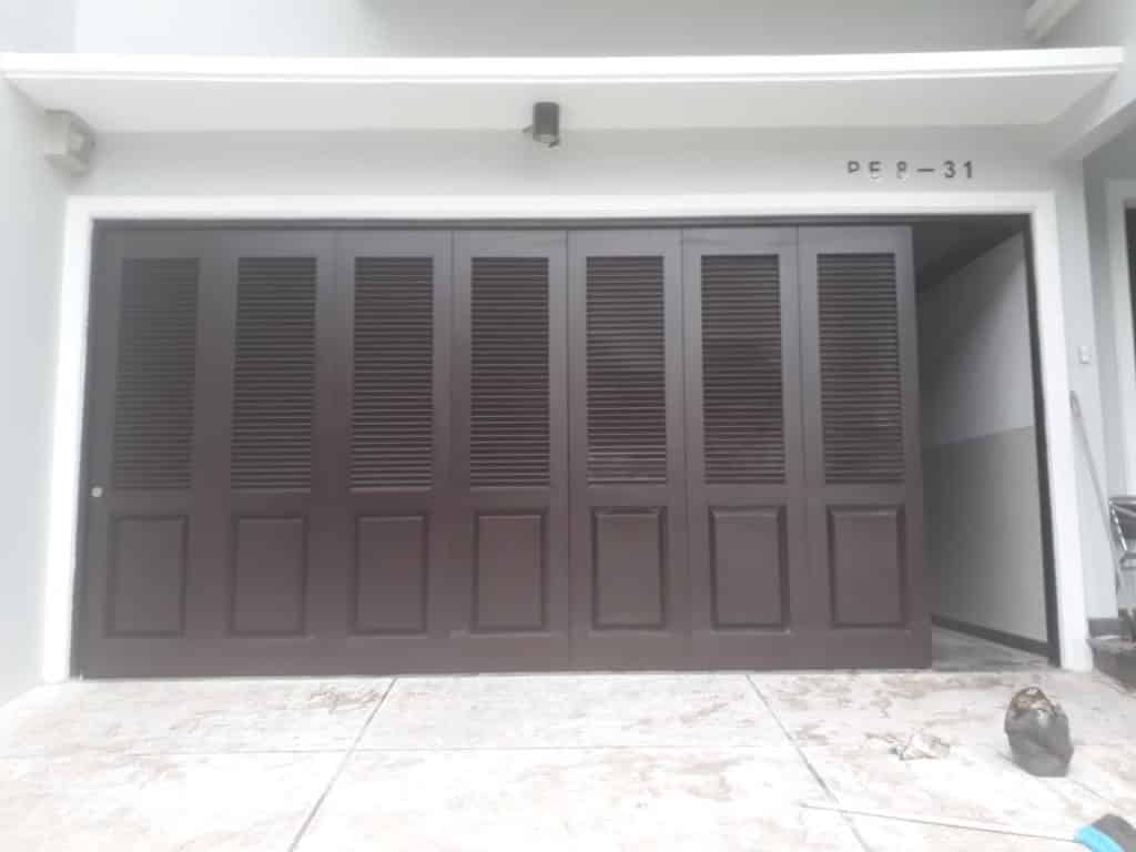 Pintu Lipat Besi Gresik